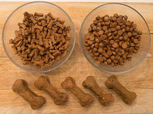 Hundekekse aus den Backmatten von Collory